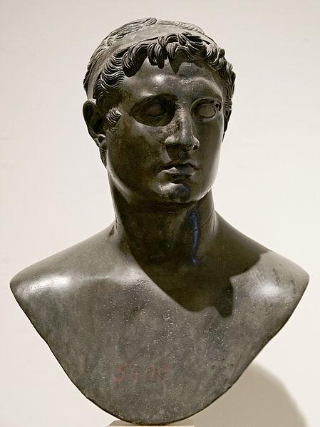 Tolomeo II Filadelfo. Busto, bronzo. Napoli, Museo Archeologico Nazionale.