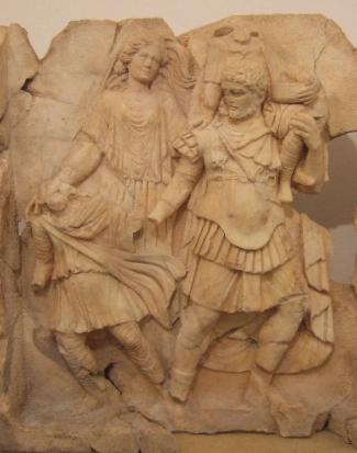 Enea fugge da Troia. Rilievo, marmo locale, I sec. d.C., dal Sebasteion di Afrodisia.