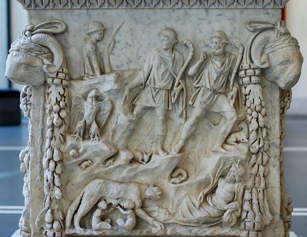 Lupercale. Altare votivo in onore di Marte e Venere. Bassorilievo, marmo, metà II sec. d.C. da Ostia. Museo Nazionale Romano di P.zzo Massimo alle Terme
