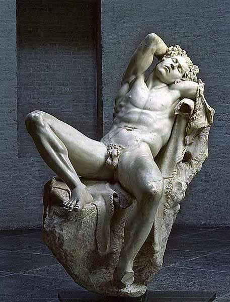 Statua del Fauno Barberini (o Satiro ubriaco). Marmo, II sec. copia romana da originale greco. München, Glyptothek