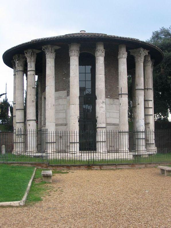 Tempio di ErcolenelForo Boario, a Roma.