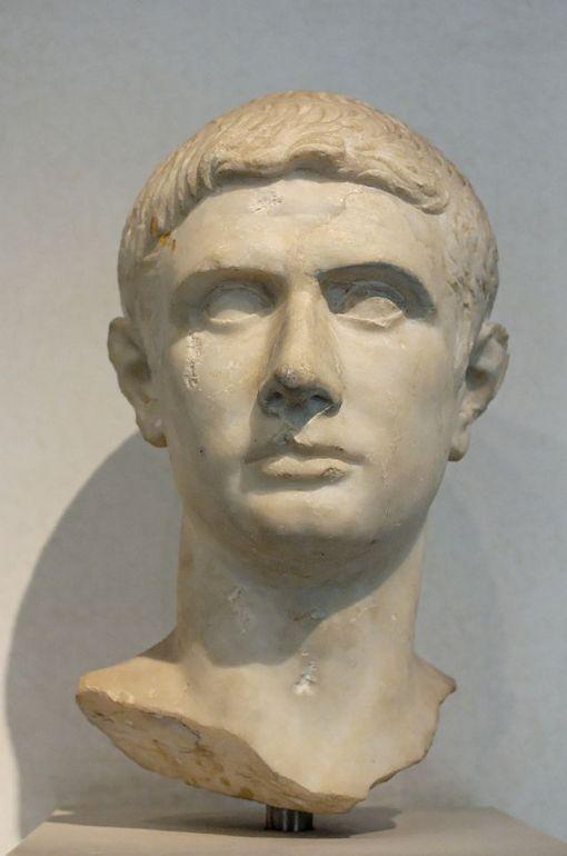 M. Giunio Bruto. Busto, marmo, 30-15 a.C. dalla zona del Tevere. Roma, Museo di P.zzo Massimo alle Terme