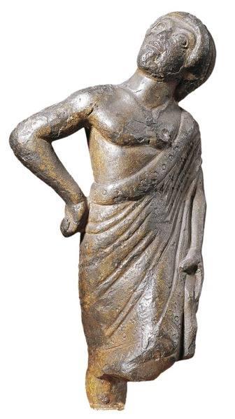 augure. statuetta, bronzo, 500-480 a.c. ca. paris, musée du louvre