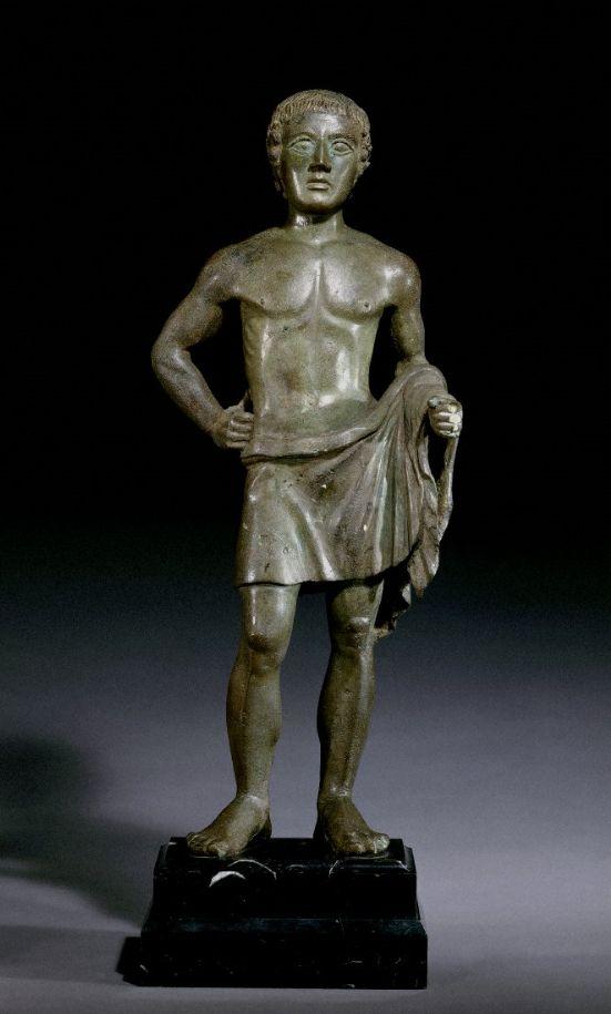 giovane in atteggiamento votivo. bronzetto, 400-350 a.c. london, british museum