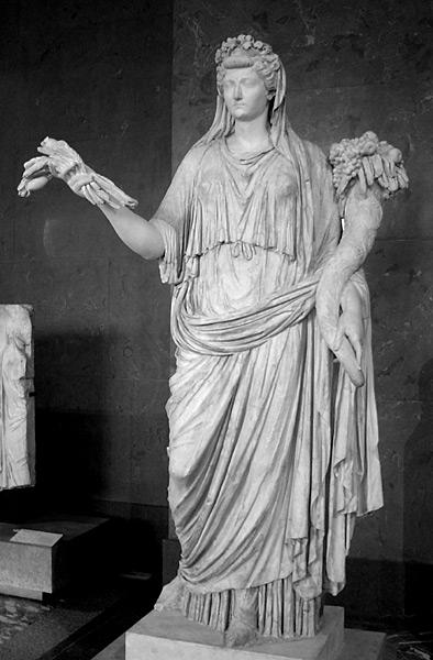 Liva Drusilla nelle vesti di Ops, con covone e cornucopia. Statua, marmo, I sec. d.C. Paris, Musée du Louvre.