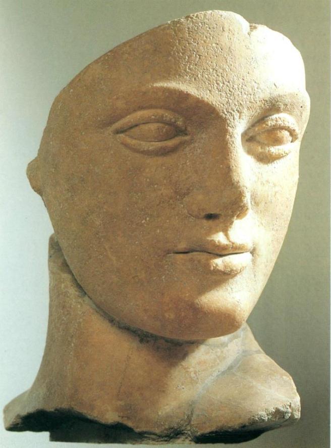 Volto femminile. Testa, marmo, 470-460 a.C. ca. dal Tempio E di Selinunte. Palermo, Museo Archeologico Regionale.