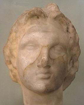 Alessandro il Grande. Testa, marmo, III secolo a.C. ca. Alessandria, Greco-Roman Museum.