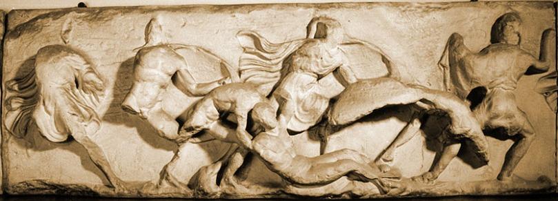 Combattimento fra Ateniesi e altri Greci. Bassorilievo, marmo, fine V sec. a.C., dal fregio occidentale del tempio di Atena Nike.